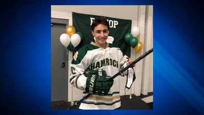 Bruins alumni holding charity hockey game to support teen injured during game