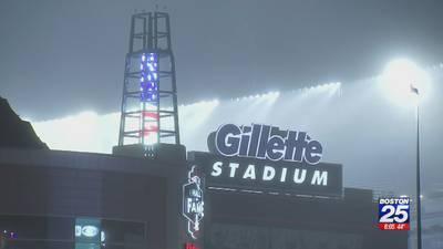 Patriots, Brady prepare for wild-card game against Titans