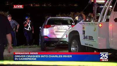 Driver crashes into Charles River in Cambridge