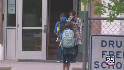 Students, staff at Salem schools required to wear masks this fall