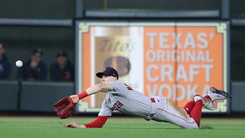 ALCS Game 1: Altuve, Correa lead Houston to Game 1 victory over Sox